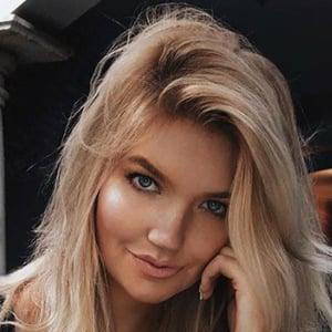 Anna-Lisa Christiane 2 of 6