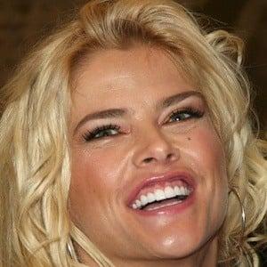 Anna Nicole Smith 2 of 10