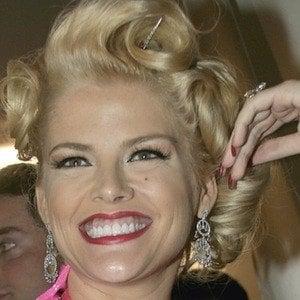 Anna Nicole Smith 9 of 10