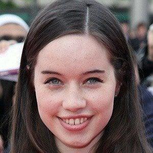 Anna Popplewell 3 of 8