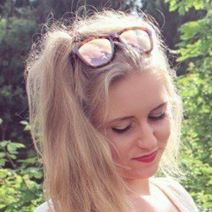 Anna Sommer 9 of 9