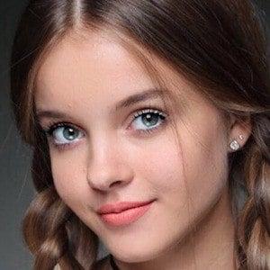 Anna Zak 3 of 7