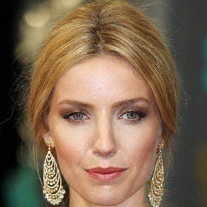 Annabelle Wallis 4 of 6