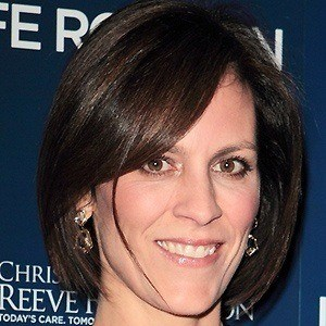 Annabeth Gish 3 of 10