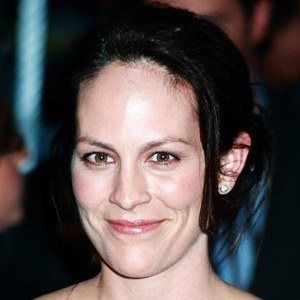 Annabeth Gish 9 of 10