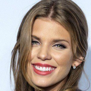 AnnaLynne McCord 4 of 10