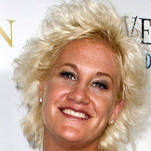 Anne Burrell 3 of 7