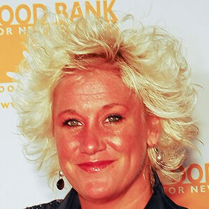 Anne Burrell 6 of 7