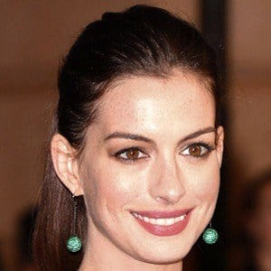 Anne Hathaway 10 of 10