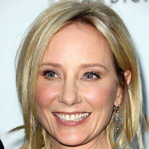 Anne Heche 2 of 10