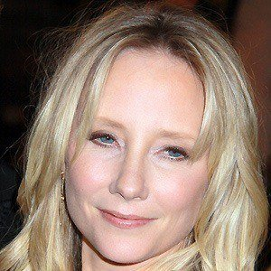 Anne Heche 3 of 10