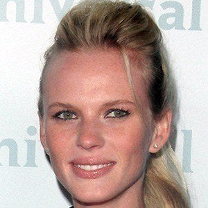 Anne Vyalitsyna 3 of 4