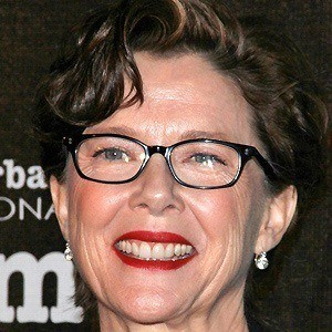 Annette Bening 4 of 10