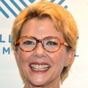 Annette Bening 6 of 10