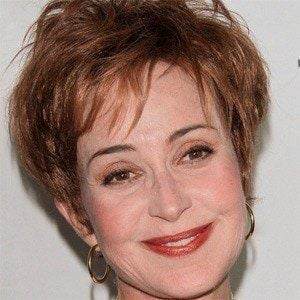 Annie Potts 4 of 5