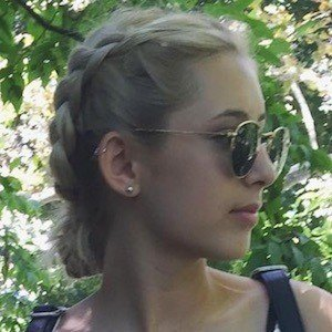Annika Rose 2 of 6