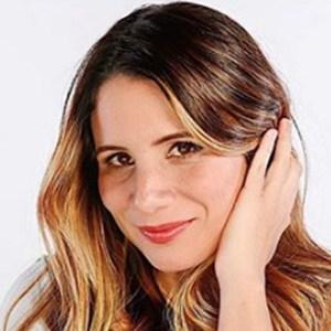 Anny Vela 3 of 5