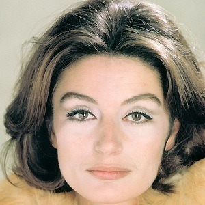 Anouk Aimee 4 of 5