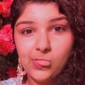 Anshula Kapoor 3 of 6