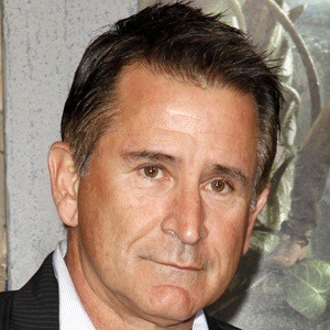 Anthony LaPaglia 6 of 9