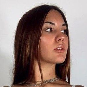 Antonella Verna Headshot 10 of 10