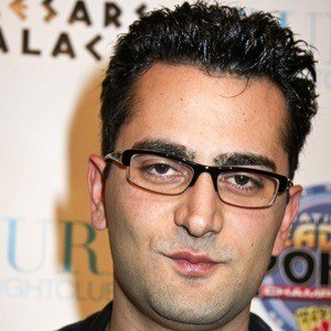 Antonio Esfandiari 4 of 5
