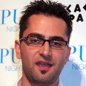 Antonio Esfandiari 5 of 5