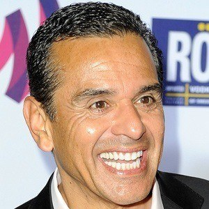 Antonio Villaraigosa 3 of 5