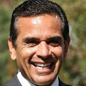 Antonio Villaraigosa 4 of 5