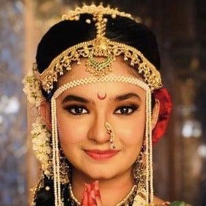 Anushka Sen 6 of 6