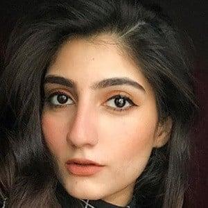 Anushae Khan 2 of 5