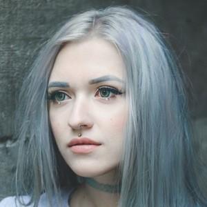 Anya Anti 7 of 10