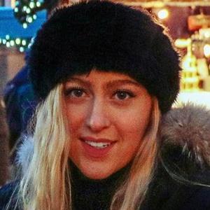 Aran Katarina Kirschenmann 2 of 6