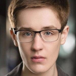 Archie Lyndhurst 10 of 10