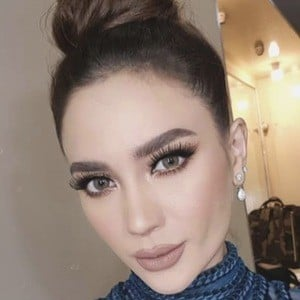 Arci Munoz 2 of 6