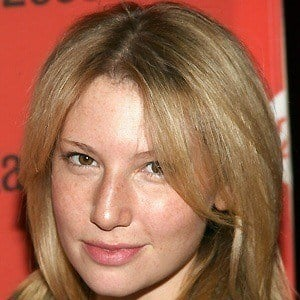 Ari Graynor 5 of 5
