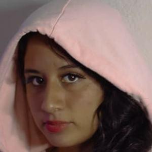 Ariana Montoya Headshot 6 of 10