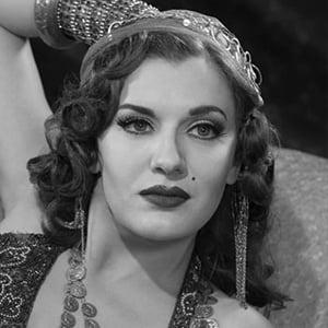 Ariana Savalas 2 of 6