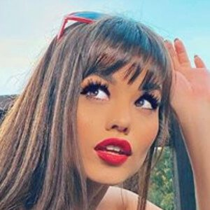 Ariel Yasmine 7 of 10