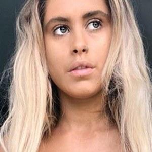 Ariella Nyssa 4 of 6