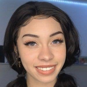 Arielle Tara 3 of 10