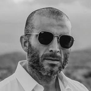 Armando Lozano Sánchez Headshot 9 of 10