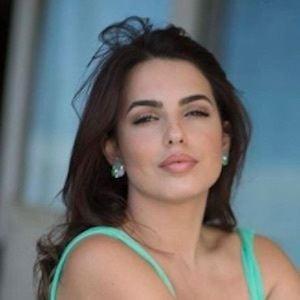Armina Mevlani 10 of 10