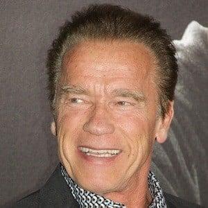 Arnold Schwarzenegger 4 of 10