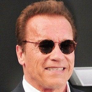 Arnold Schwarzenegger 5 of 10