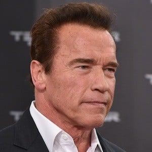 Arnold Schwarzenegger 6 of 10