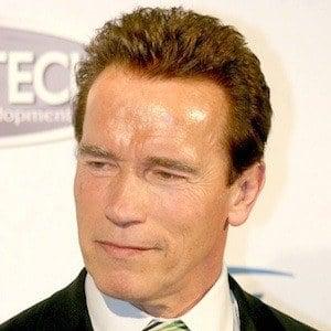 Arnold Schwarzenegger 9 of 10