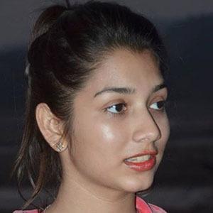 Arshia Mahajan 4 of 5