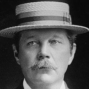 Sir Arthur Conan Doyle 2 of 4