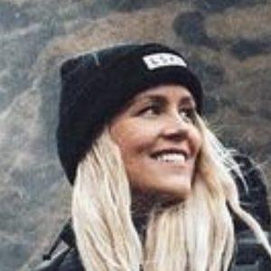 Asa Steinarsdottir 4 of 10